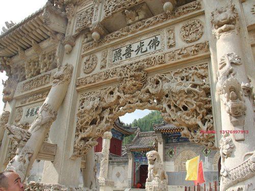 """胡明珠制作的五台山石牌楼为什么叫做""""华北第一石牌坊"""""""