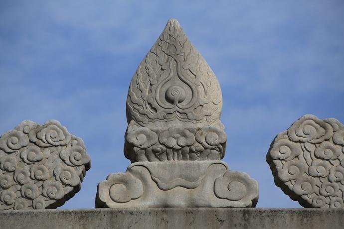 北京石牌楼