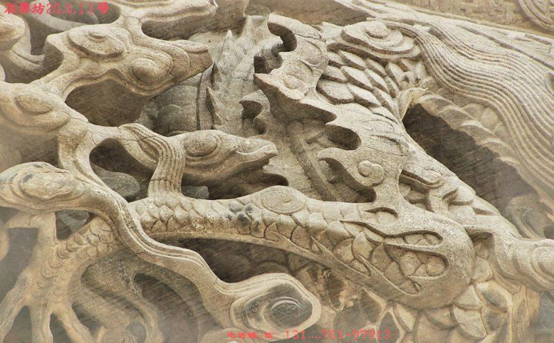 石牌坊浮雕龙