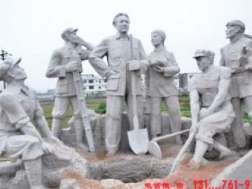 革命烈士人物雕塑塑造凝望和静思的氛围