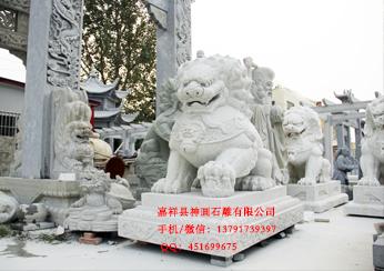 安装在外国的石狮