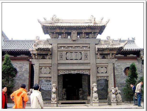 衡王府的石雕牌坊石牌楼雕刻是谁修建得
