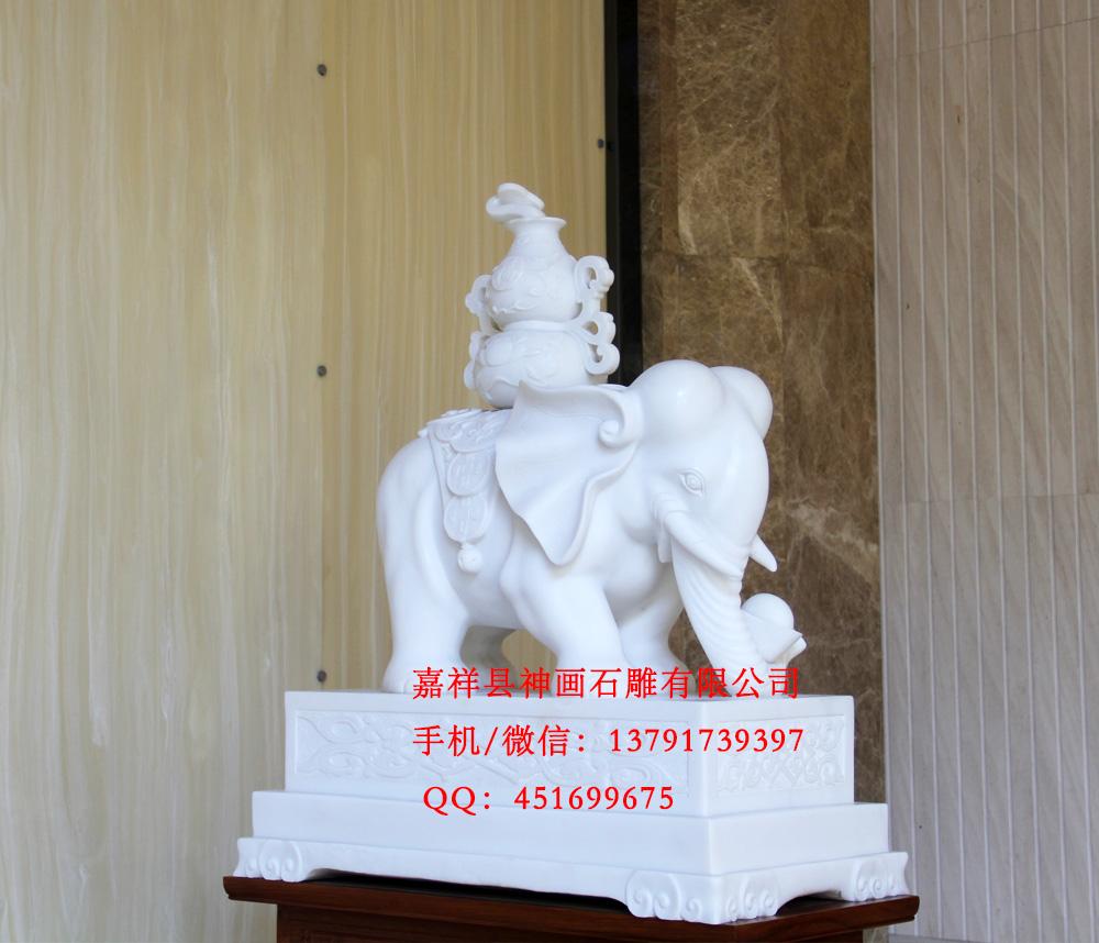 石雕大象雕刻安装地点:酒店门口