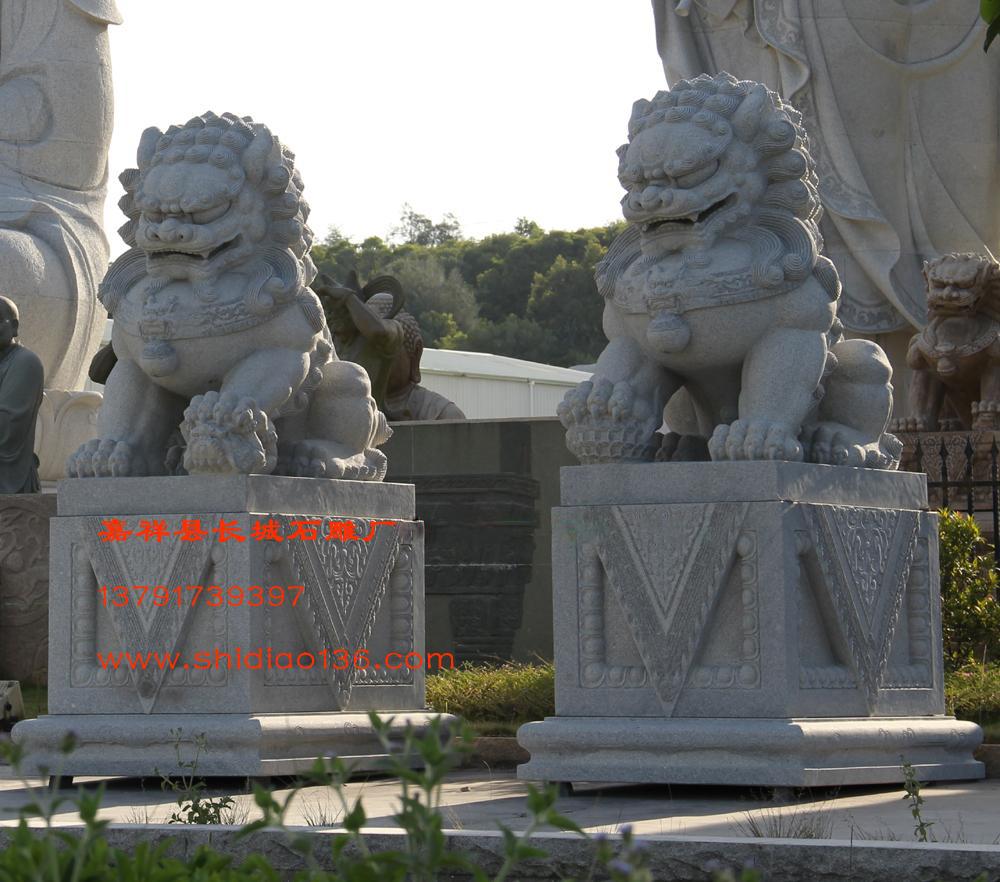 花岗岩石雕狮子