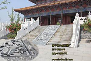 寺院石雕御路栏杆,更添一份古朴和庄严