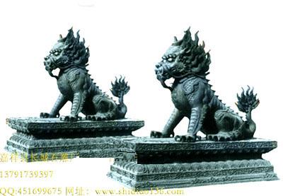 皇宫前石雕麒麟的作用是什么
